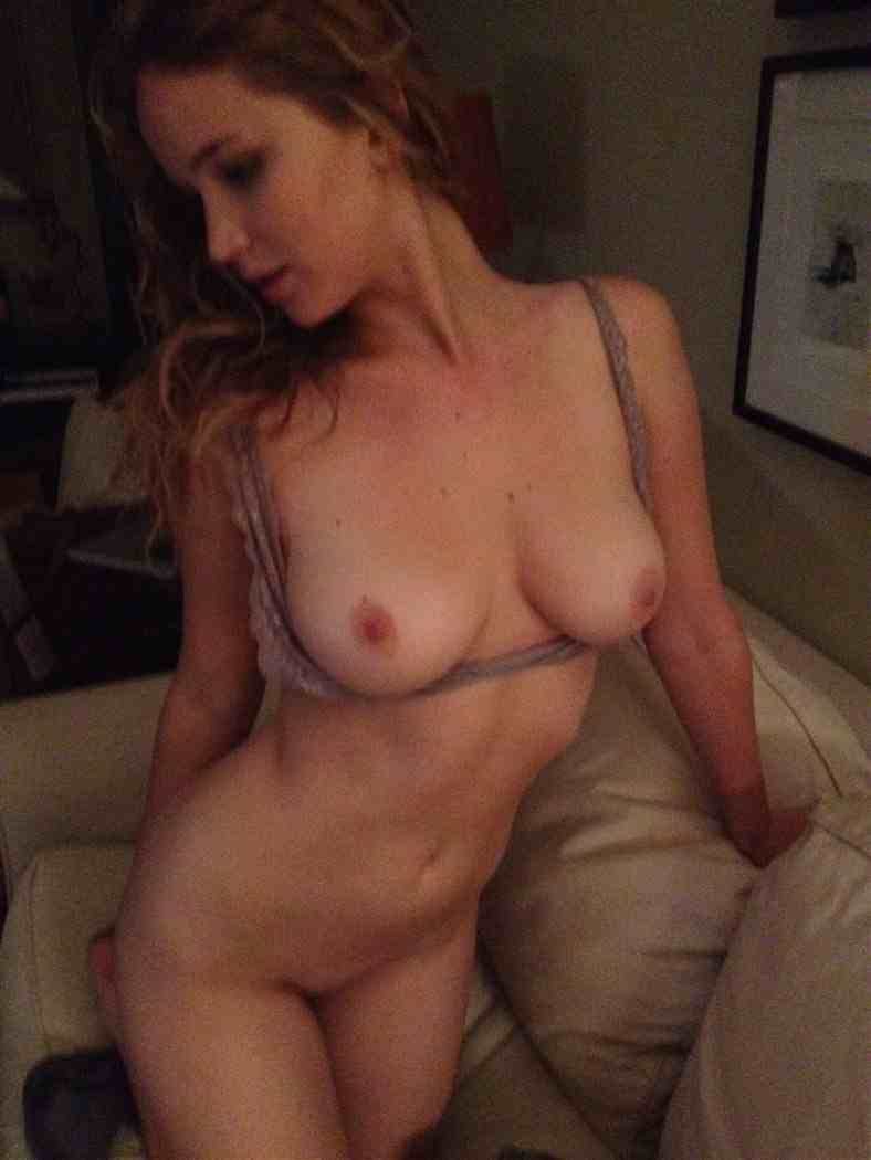 Jennifer Lawrence Nude Hacked Pics